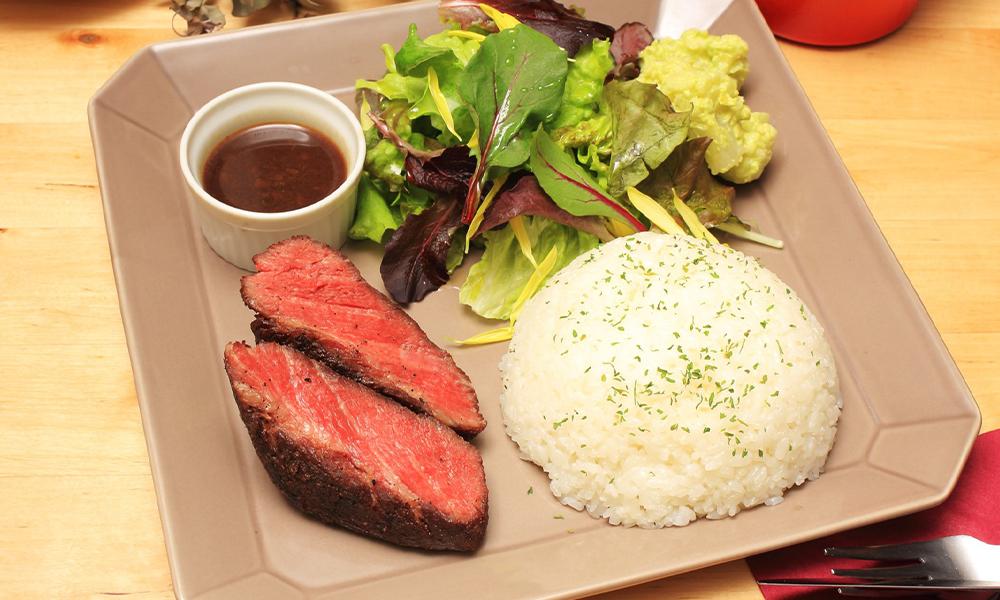 Herb Sangen pork lava grill lunch